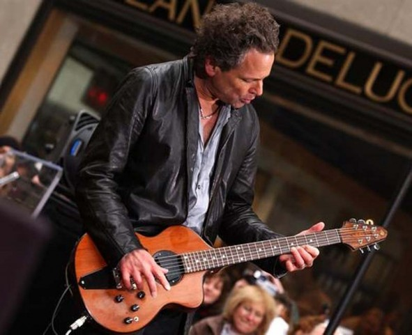 Lindsey Buckingham with on of his Turner guitars
