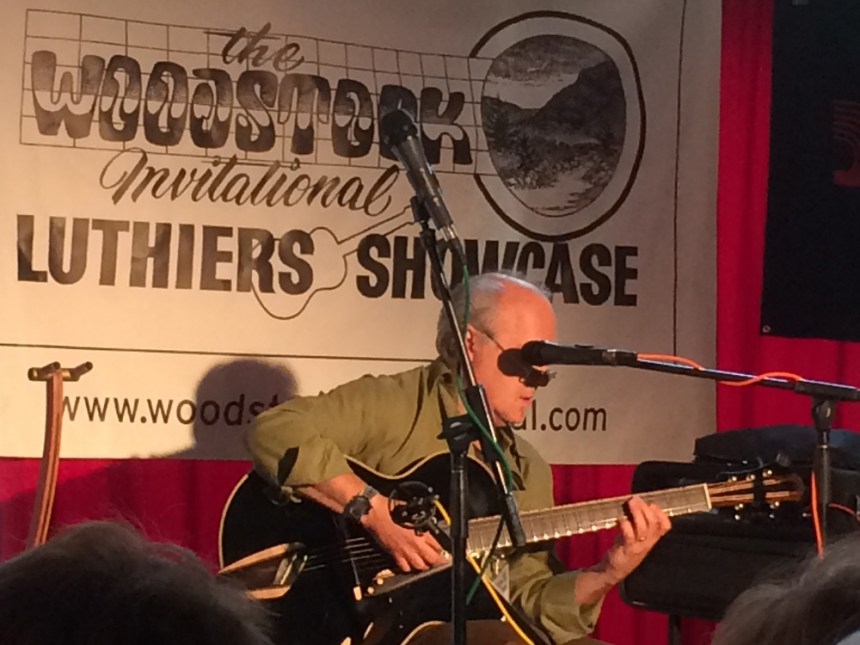 Paul Asbell Playing an amazing archtop from Mirabella Guitars