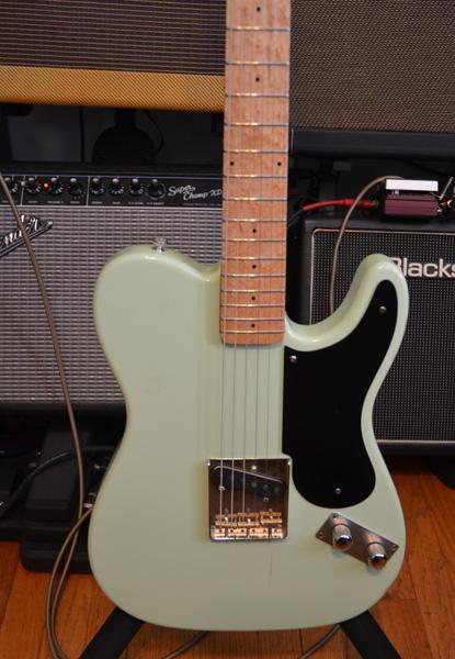 Black lacquered pickguard