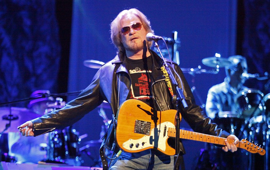 Daryl Hall is a fan of the Fender Thinline Telecaster