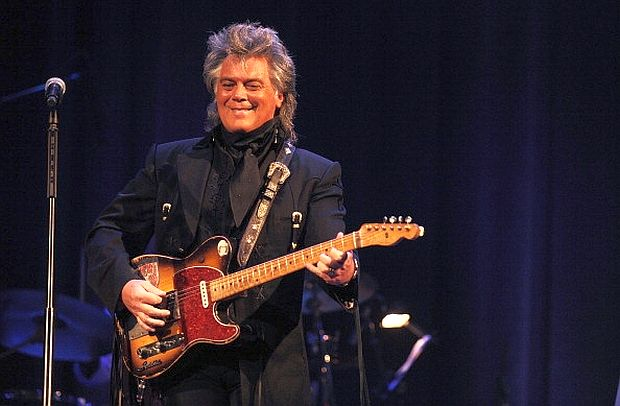 Marty Stuart with Clarence White's original B Bender