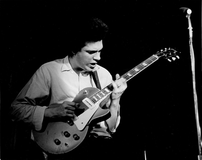 Mike Bloomfield with Les Paul gold top