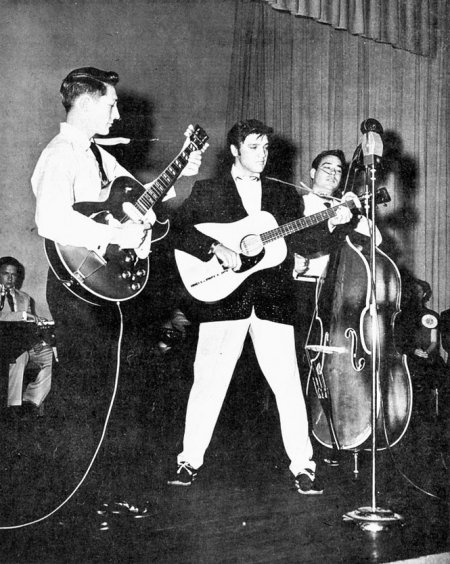 Scotty Moore with his 1952 ES-295, Elvis and Bill Black in Memphis - Feb. 1955