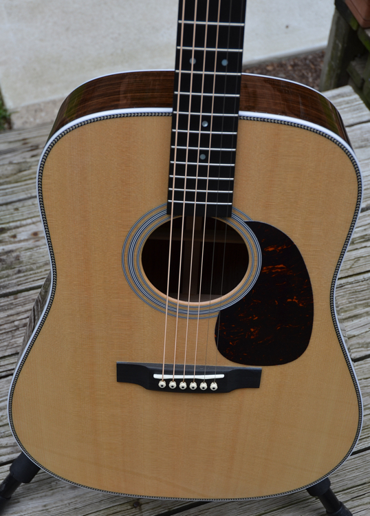 martin hd 28 acoustic guitar chasingguitars. Black Bedroom Furniture Sets. Home Design Ideas
