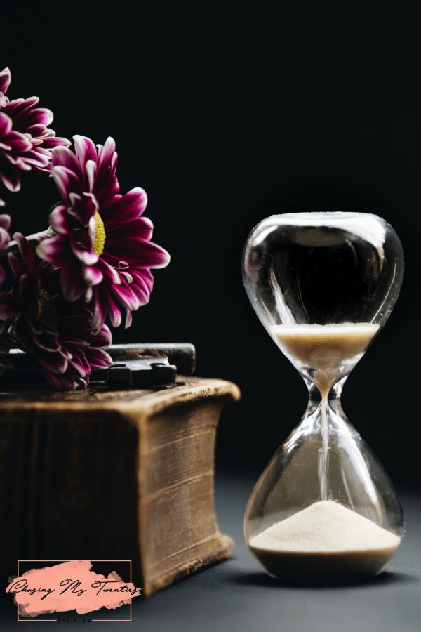 Hourglass Expiring