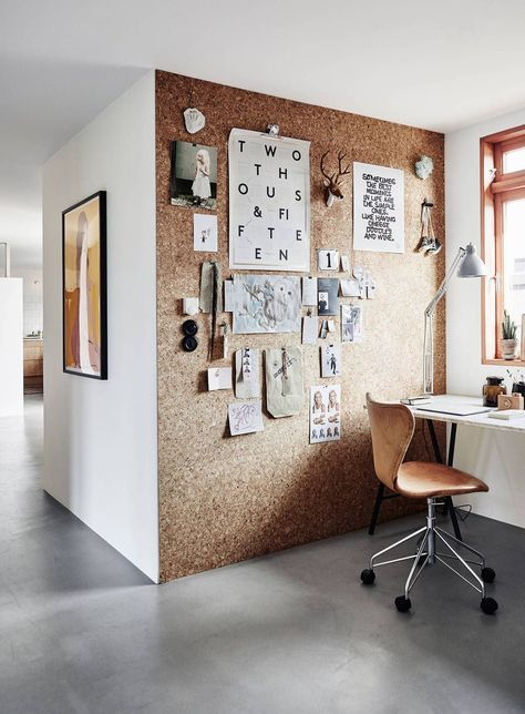 angolo ufficio con decor sughero