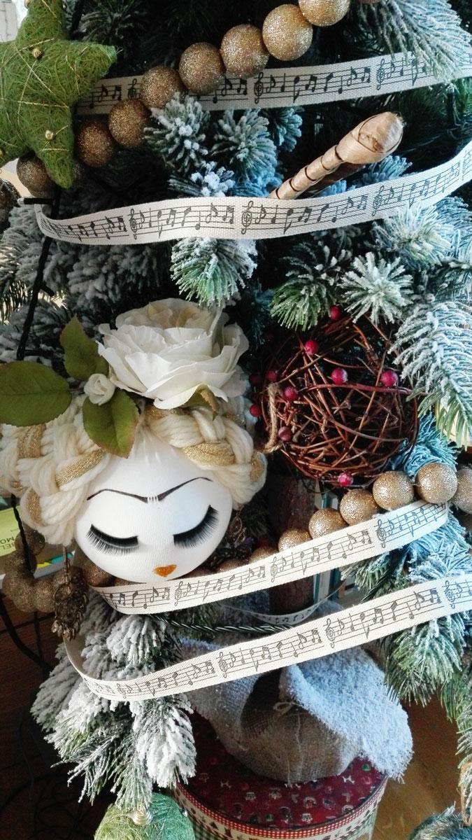 albero di natale con frida kahlo