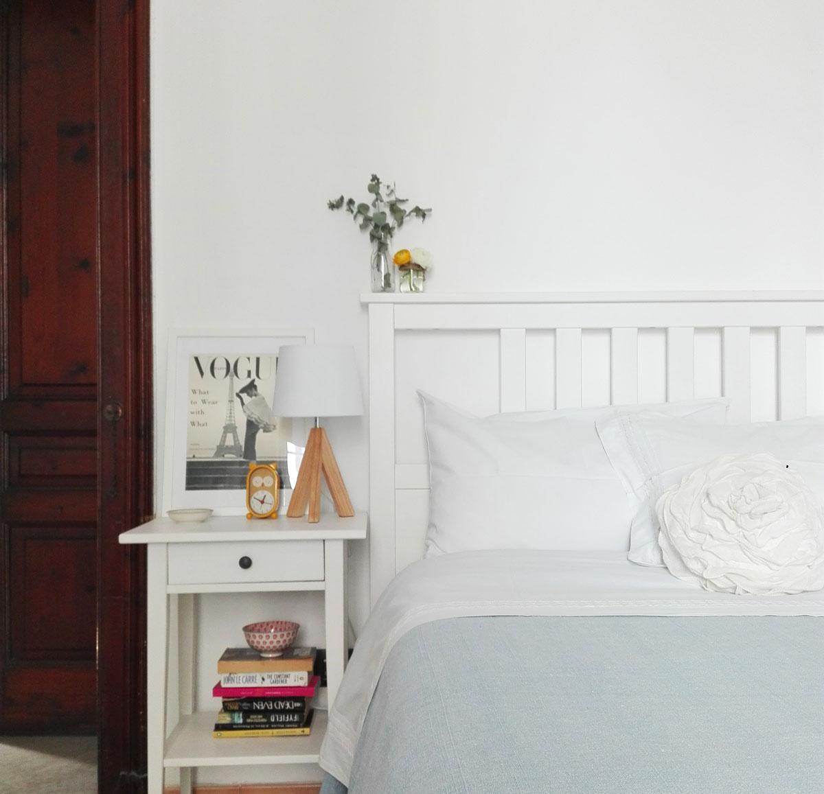 Parete Dietro Letto Idee 5 idee creative per la parete dietro il letto • chasing the