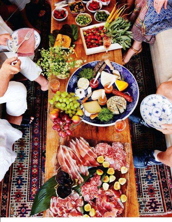 cena d'estate con piatti freddi