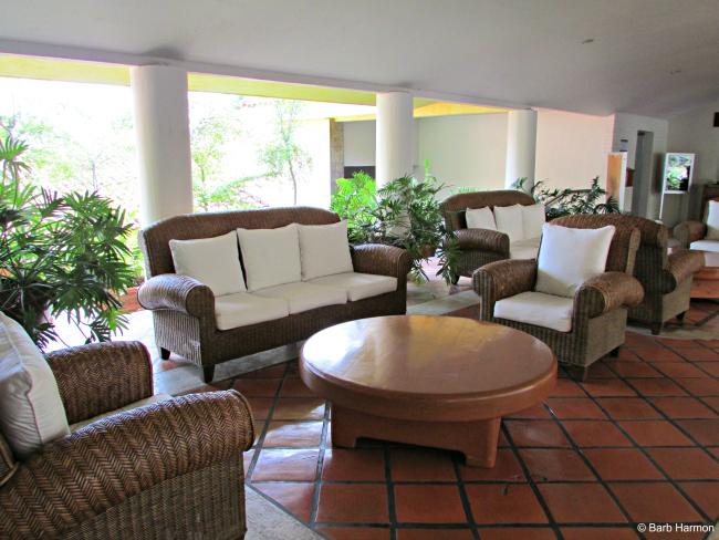 Real de Chapala lobby