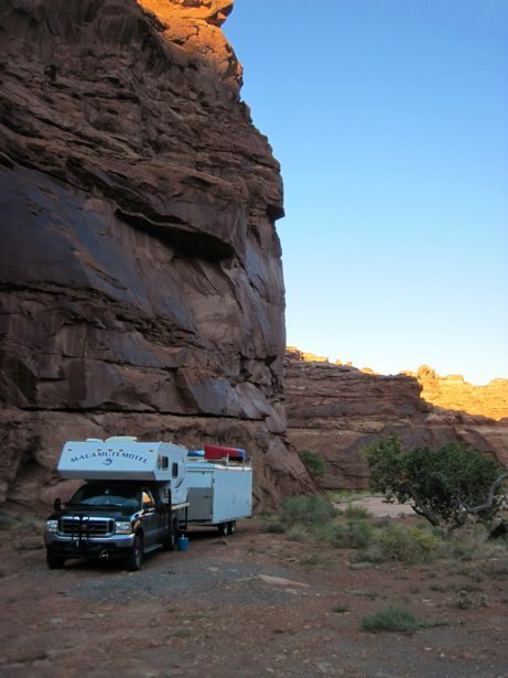 camper redcliff pull out oct 18
