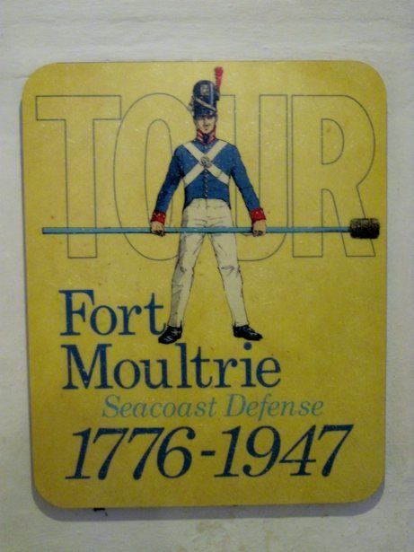 fort moultrie sign