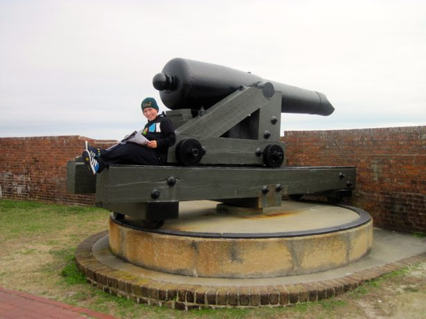 fort pulaski cannon studying