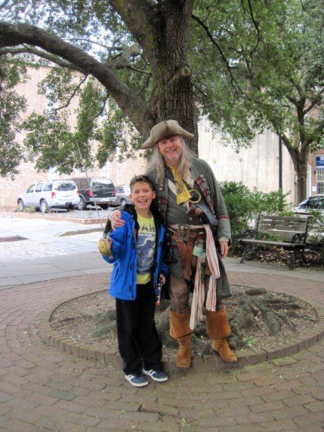 hunter & pirate tour guide