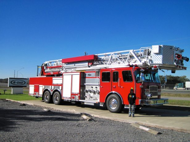 hunter & fire truck out front