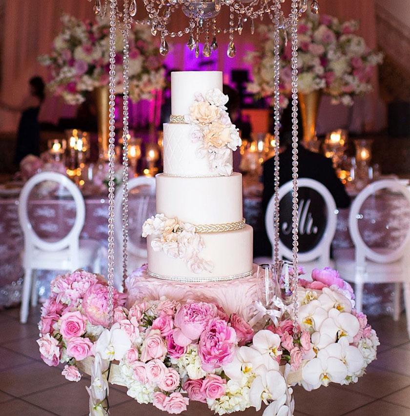 lilac-peach-cake
