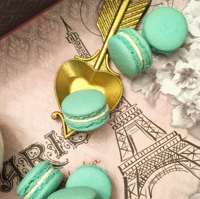 tiffany-and-co-macarons
