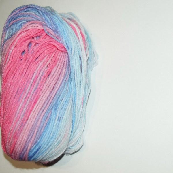 Laine bariolée coloris bleu rose