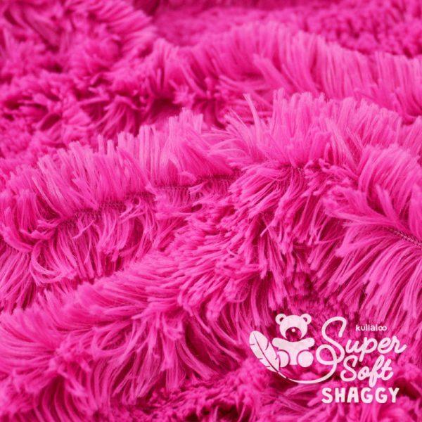 tissu Shaggy rose pour création par Georgia