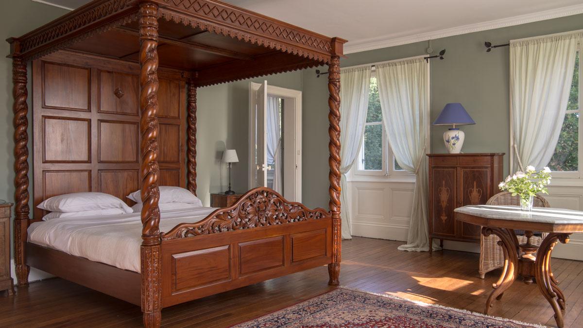 rooms manoir chateau de la buronniere