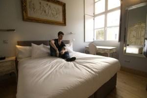 chateau de jalesnes hotel guest suite loire valley france