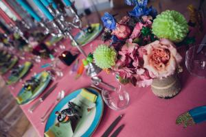 chateau de jalesnes hotel loire valley france events dinner