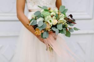 chateau de jalesnes hotel loire valley france wedding flowers