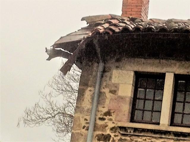 Saconay - Grand vent, grande déprime