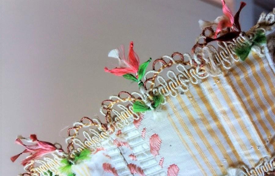 Saconay - Galon de la robe