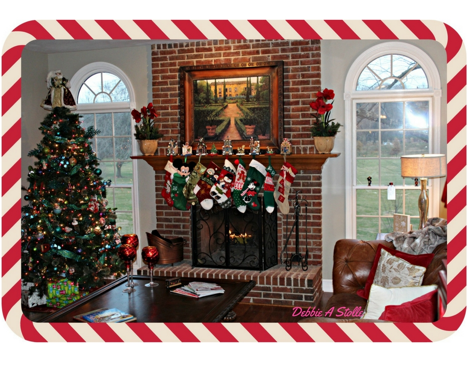 Christmas Tree Home Tour at Chatham Hill on the Lake