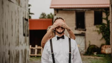 sweet ways to surprise your boyfriend,girlfriend,partner