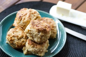 pimento cheese biscuits | chattavore