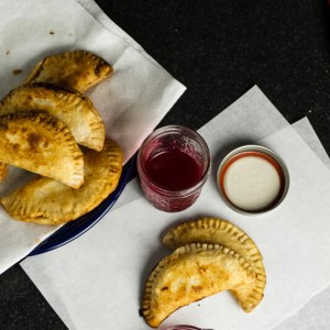 Seasonal peaches and raspberry sauce pair perfectly in this Southern take on peach Melba, fried pies! | chattavore.com