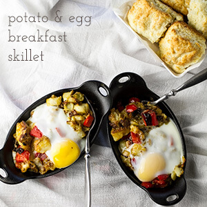 Is breakfast the most important meal of the day? It is if you're eating this cheesy potato and egg breakfast skillet. It's perfect for your Easter brunch!   recipe from chattavore.com