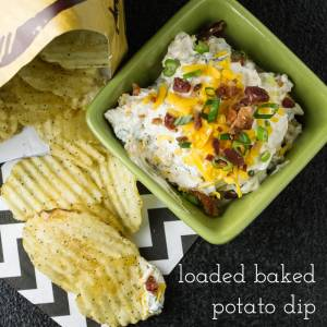 So, there's no potato in loaded baked potato dip, but it is loaded with all the great stuff you put on a baked potato! It's great for dipping potato chips. | recipe from chattavore.com