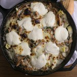 If you hate washing more than one pan when you cook dinner, this white skillet chicken lasagna is a delicious one-pan solution to your problem! | recipe from Chattavore.com