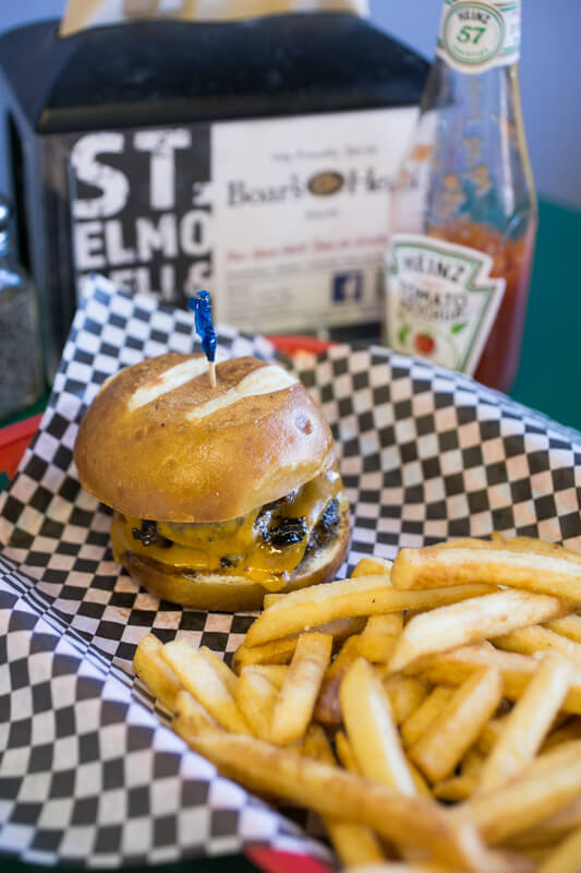St. Elmo Deli & Grill offers salads, burgers, hot and cold sandwiches, and wraps for lunch and dinner (on weeknights) near the Incline. | restaurant review from Chattavore.com