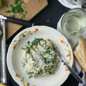 What do you do when you don't have a dinner plan? This creamy lemon spinach risotto is easy and delicious, and it's quicker than pizza delivery! | recipe from Chattavore.com