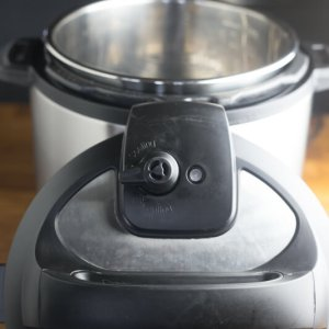 The first and most important step of using your Instant Pot is knowing what everything is. Here's a quick guide to getting to know your Instant Pot! #InstantPot #InstantPotTutorial   Chattavore.com