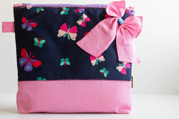 Bow Pouch Pink 1 https://chaturango.com/bow-styled-pouch-pink/