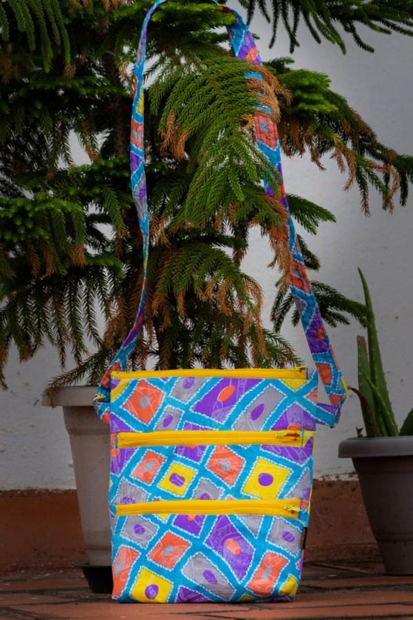 Handbag Crossbody 3 Zipper Abstract 4 https://chaturango.com/hand-dyed-crossbody-bag-and-mask-combo/