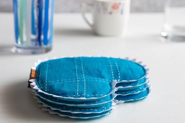 Coaster Blue White Heart 4 https://chaturango.com/heart-theme-coasters-blue-and-white/