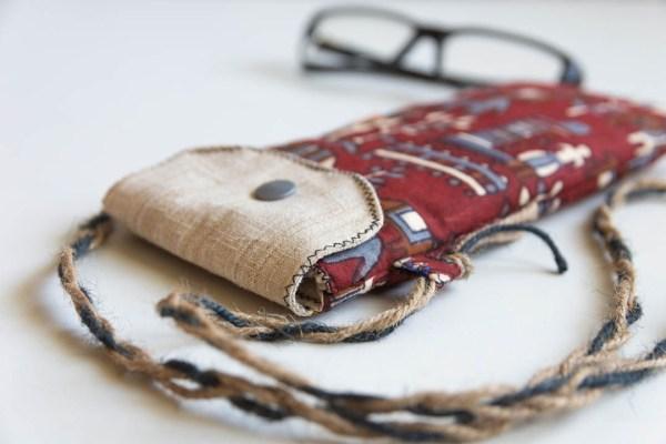 Eyeglass Case Kalamkari Figure 2 https://chaturango.com/eyeglass-and-sunglass-pouch-kalamkari-figure/