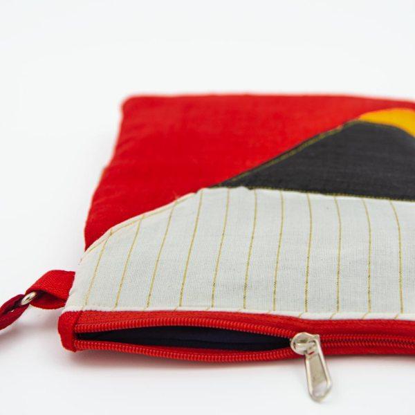 Red Black White Sling Bag 3 1 https://chaturango.com/patchwork-sling-bag-for-women-multicolour/