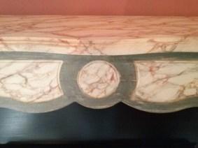 Faux marbre et patine sur cheminée Chaux Room