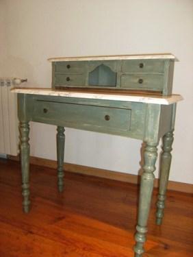 petit meuble aprés patine et faux marbre chaux room