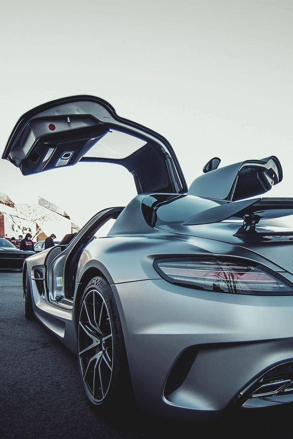Luxury Auto  Fine Picture