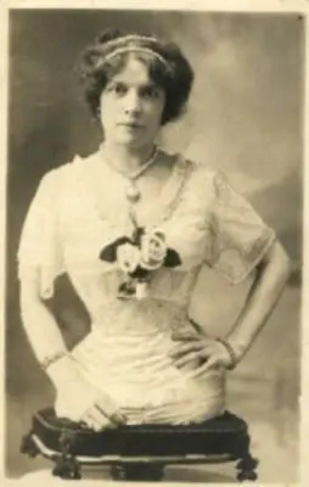 Madame Gabrielle veio ao mundo em 1884 em Basileia
