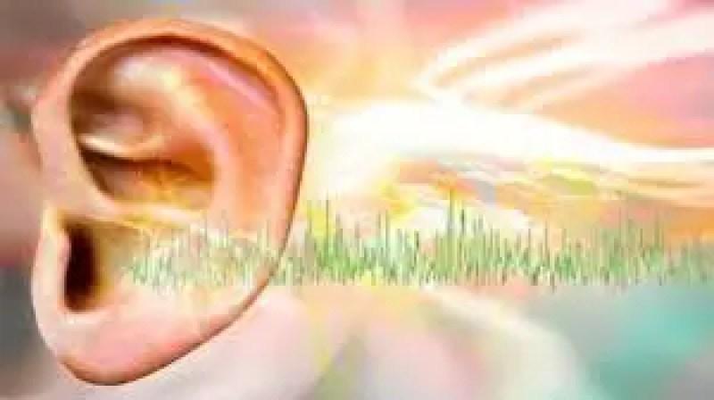 Tocando nos ouvidos, mensagens do reino espiritual