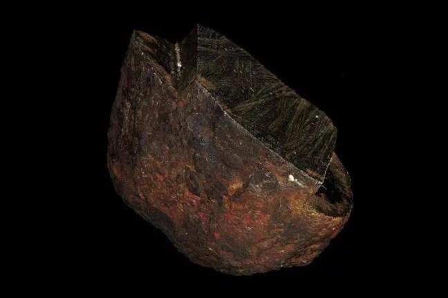 Cientistas confirmam a descoberta de um mineral nunca antes visto na natureza